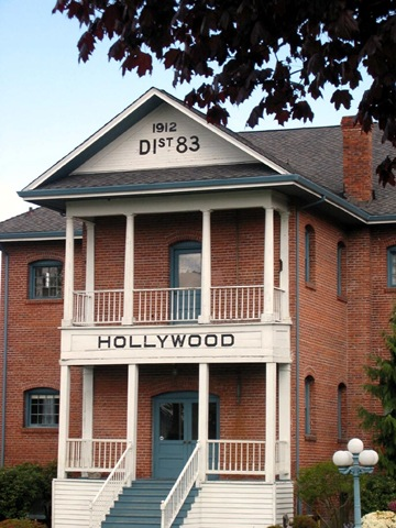 HollywoodHillSchoolhouse.jpg
